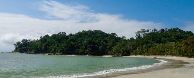 Manuel-Antonio-Beach-1-1024x768